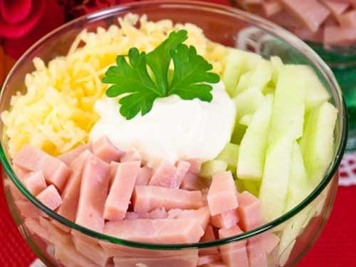 Салат нежность с огурцом и ветчиной рецепт
